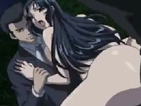 黒服の男たちとの青姦セックスが最高に気持ち良くて旦那を忘れてメスになりきる爆乳妻 裏アゲサゲ 無料エロアニメ動画